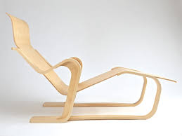 ... Isokon Long Chair (no seat pad) ...