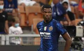 Inter, Dumfries e il paragone con Hakimi: