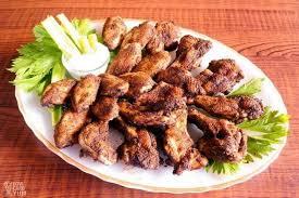 platter of dry rub en wings