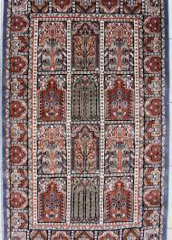 geometric design wool silk area rug