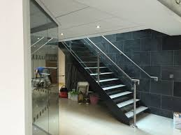 glass barade steel staircase with stainless steel barade
