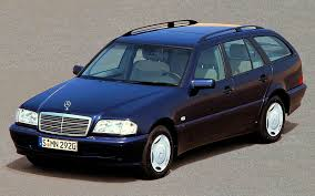 It is available in 8 variants and 6 colours. 202 Series C Class Estates 1997 2001 Media Database