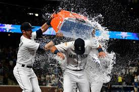 The 2021 Mariners are the most clutch ...