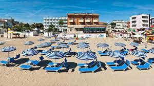 Lettini per spiagge : Offerta notte rosa 2017 a rimini in hotel per famiglie