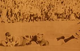 ... wing Mick Duncan neat the corner flag in a famous Ranfurly Shield challenge in Napier in 1967. Hawke's Bay drew the match 12-12 and retained the Shield. - Williams%2520tackle