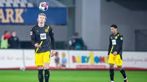 Damit endete für den sc damals die serie von 19 sieglosen spielen gegen dortmund. Bvb Kassiert Erneuten Ruckschlag Gegen Freiburg Fussball Sport Wdr