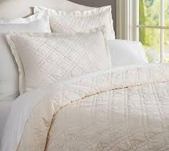 Washed Velvet Silk Quilt & Sham - Ivory | Pottery Barn & Washed Velvet Silk Quilt & Sham - Ivory Adamdwight.com
