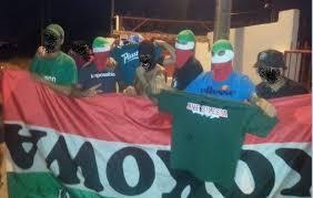 Wyróżnij to ogłoszenie odśwież to ogłoszenie. Sevilla Hooligans Attacked Slask Fans And Stole All Their Banners