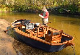 northern michigan fishing guide builds big boats for small rivers