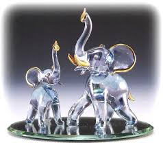 glass elephant family