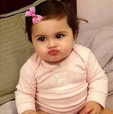 kiss faces of super duper cute es