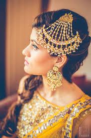 Paasa Designs Gold Jhoomer And Gold Chaand Balas