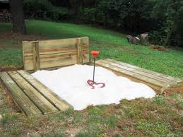 How to Build a Horseshoe Pit | how-tos | DIY