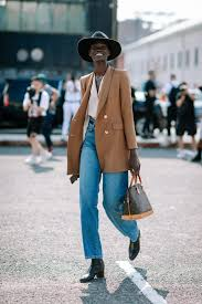 Le Fashion: These Camel Blazers Will Instantly Elevate Your Fall Outfits