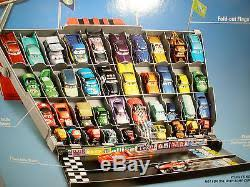 Disney Cars Fan Stand Display Case Disney Pixar Cars 100 Fan Stands Play N Display Case World Grand 2