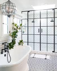 Pin by Dina Ferguson on Bathrooms   Bathroom, Amazing bathrooms ...