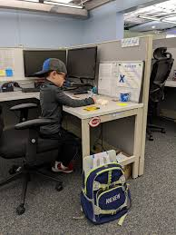 """Betsy Ambrosius on Twitter: """"Future #Projetecher in training!  #bringyourkidtowork #christmasbreak #companyculture… """""""