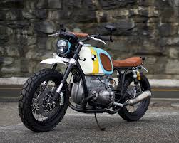 the bmw r60 6 custom motorcycle by vintage steele is a rainbow parade