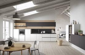 im modernen Stil mit Kücheninsel mit Halbinsel