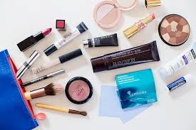 ng list minimal beach vacation makeup