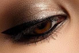 10 amazing makeup tips for brown eyes1