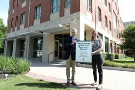 bgct executive director david hardage and lilly ettinger reery program coordinator in baylor s department of wellness celebrated the bgct s gift for