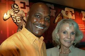 Derrick Brooks created Brooks DeBartolo Collegiate High with the family of developer Eddie DeBartolo. BY JAMES L. ROSICA Tribune staff - AR-130819403