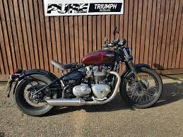 used 2017 triumph bonneville bobber for sale in bedfordshire