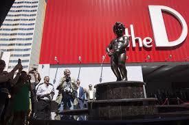 Manneken Pis Public peeing on Fremont Street Las Vegas Blogs