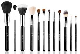 as much as i love my sigma brushes the can be a bit steep which brings me to my next love morphe brushes