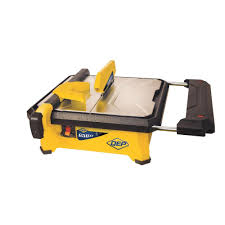 qep 3 4 hp wet tile saw with 7 in diamond blade