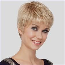 Coiffure Facile Cheveux Court Femme 50 Ans Coupe Cheveux