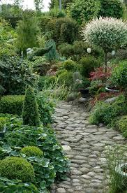 garden path and walkway ideas