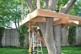 simple treehouse designs easy simple tree house plans es very simple treehouse designs