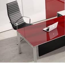 Tienda Oficit, tienda de mobiliario de oficina en Madrid Capital. Venta de  mesas de
