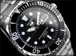 25 best ideas about seiko 5 watches seiko 5 best quality watches seiko 5 sports men s automatic snzf17k1 £139 99