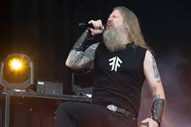<b>Amon Amarth</b> Fan Stabbed After Show in Canada