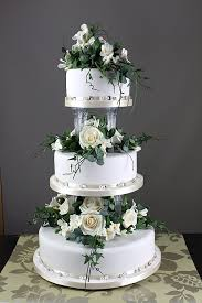 traditional wedding cake. traditional english wedding cake