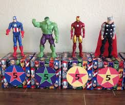 Avengers Party Decorations Avengers Party Centerpieces Add Bouquet Of Balloons Tied To The