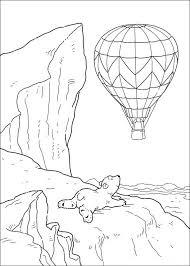Kleine Ijsbeer Ziet Luchtballon Kleurplaat Jouwkleurplaten
