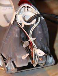 """black decker d2030 iron repair or """"pull it from the plug not tie"""