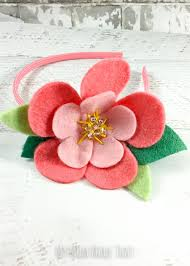 a headband that can be used as a craft for a party or a rainy day