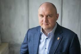 Депутат Госдумы устроился на работу с поддельным дипломом