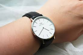 the black pearl blog uk beauty fashion and lifestyle blog if you fancy treating yourself or someone special to a gorgeous daniel wellington watch use my code theblackpearl for 15% off your order at