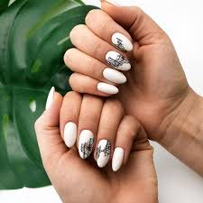 Acrylic Nail Designs Oval 32 Extraordinary White Acrylic Nail Designs To Finish Your