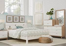 Gardenia White 5 Pc Queen Platform Bedroom - Queen Bedroom Sets White
