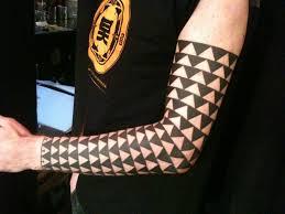50 Polynesian Half Sleeve Tattoo Designs For Men Provocative