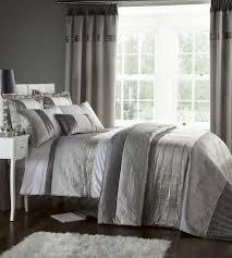 Grey Bedroom Curtains And Bedspread