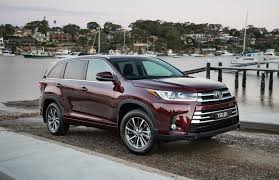 2018 toyota kluger grande. exellent toyota updated 2017 toyota kluger now on sale in australia with 2018 toyota kluger grande e