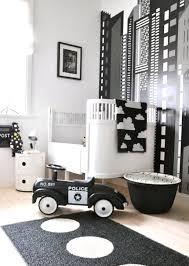 Se você curte a decoração escandinava, vale a pena apostar no estilo para o quarto do menino que vem aí! Quarto De Bebe Preto E Branco Fabiana Frias Designer De Interiores
